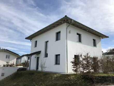 Helles, modernes Einfamilienhaus in Passau Heining