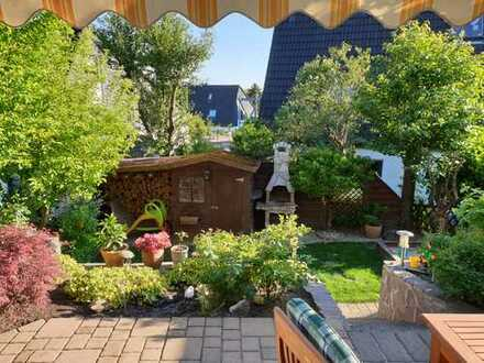 Sehr schöne 3-Zimmer-Erdgeschosswohnung mit Terasse und Einbauküche in Burscheid-Hilgen