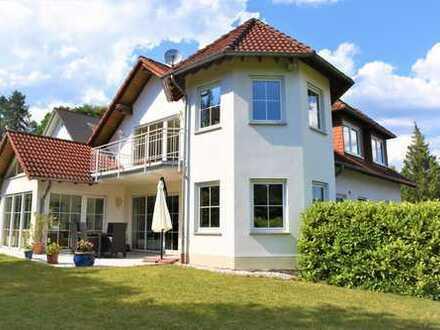 Schönes EFH in ruhiger, schöner Lage + Panoramablick nähe Königstein Ts. provisionsfrei zu verkaufen