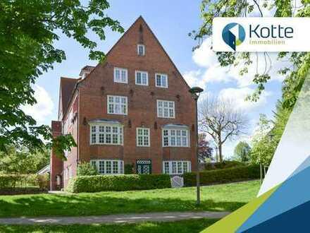 Großzügige 5 Zimmer ETW in direkter Seelage im historischen Kreishaus