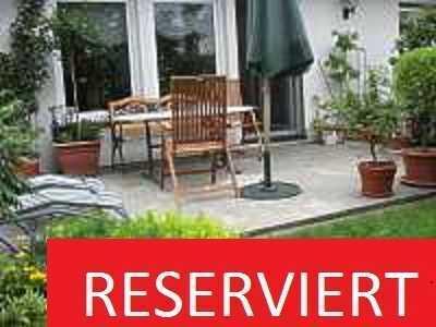 Große, helle 2 ZKB Gartenwohnung ab dem 01.11. beziehbar! Parkettboden, Rolläden, FBH und TG Platz!