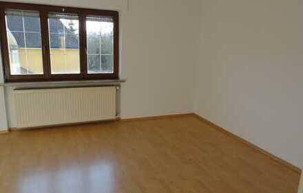 Vollständig renovierte 2,5-Zimmer-Wohnung mit Balkon in Wassertrüdingen