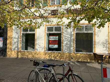 """120m² Eventfläche, Verkaufsfläche in bester Lauflage """" Am Schlossplatz Schwetzingen """" zu vermieten"""