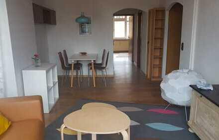 Helle, möblierte zwei Zimmer Altbauwohnung in Heilbronn, Heilbronner Kernstadt