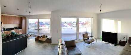 Neuwertige 2,5-Zimmer-Penthouse-Wohnung mit Dachterasse und Sauna in Schwandorf
