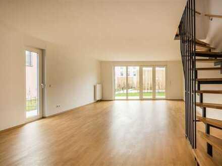 Modernes 5-Zimmer-REIHENENDHAUS mit privater TERRASSE & GARTEN
