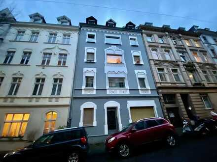 Erstbezug nach Sanierung mit Balkon: attraktive 3-Zimmer-Wohnung in Wuppertal