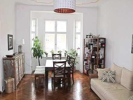 Topsanierte, herrschaftliche, sehr helle, ruhige 3-Zi-Wohnung mit Balkon und Fahrstuhl