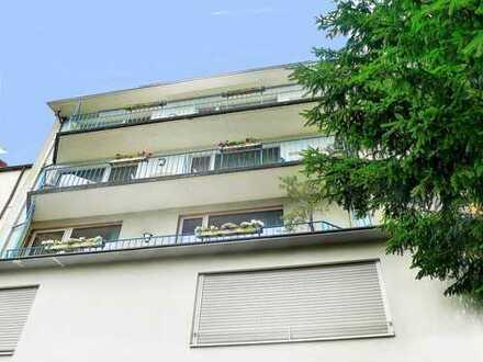 Vermietungssichere Lage: Wohnhaus mit Gewerbeanteil in der Stadtmitte: 4 Geschosse zzgl. DG, 420 m²