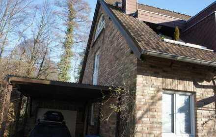 Schöne 1 1/2 Zimmer-Maisonette-Wohnung in 3-Familienhaus in Hochdahl Trills