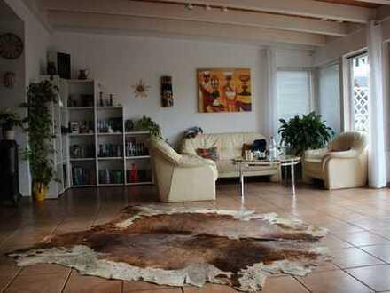 !!KAPITALANLAGE!! Großzügiges Einfamilienhaus in Bürgstadt zu verkaufen