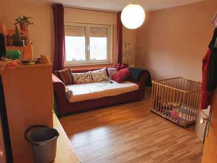 DG-Wohnung mit fünf Zimmern im Lautertal