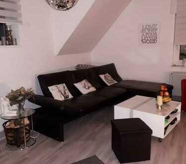 Modernisierte 2,5 -Zimmer-Maisonette-Wohnung mit riesen Balkon in Feldhausen