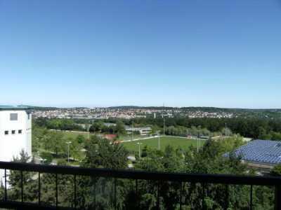 Sonnige 1-Zimmer Wohnung in Aussichtslage nahe FH und Goldschmiedeschule in Pforzheim