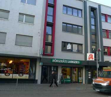 Moderne helle Praxis-/Bürofläche, 2. OG in Wohn-/Geschäftshaus in Stadtmitte
