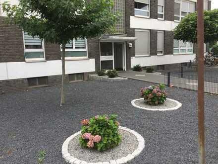 3,5 Zimmer in Rumeln mit Balkon und PKW-Stellplatz - frei - provisionsfrei