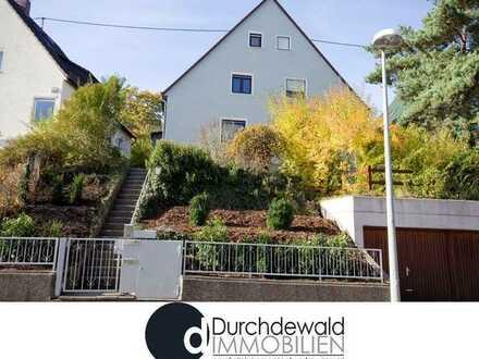 Schöne Doppelhaushälfte mit kleinem Garten in ruhiger Wohnlage