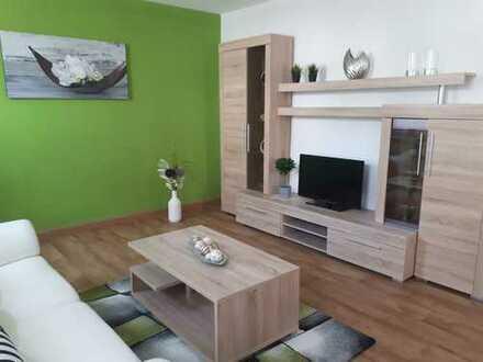 Einziehen und wohlfühlen - komplett möblierte 2-R-Wohnung mit großem Tageslichtbad