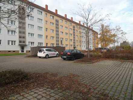 Neu sanierte Drei-Raum-Wohnung mit Balkon in Chemnitz-Neukirchen zu vermieten!