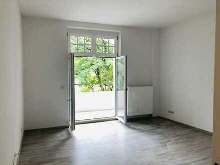 Erstbezug nach Sanierung - freundliche 2-Zimmer-Wohnung
