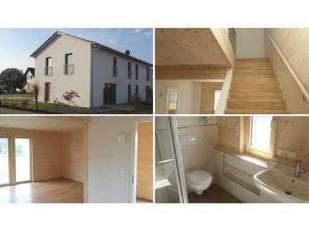 EINZIGARTIGE VOLLHOLZBAUWEISE * Wohnen auf zwei Etagen * natürlich und modern