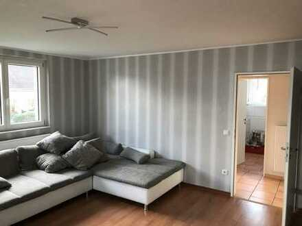 Gepflegte 4-Zimmer-Maisonette-Wohnung mit EBK (110m²) in Bielefeld Heepen