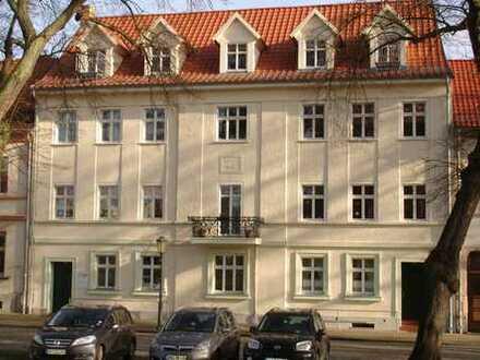 Bild_schöne 3 Raum-Wohnung direkt am Kirchplatz