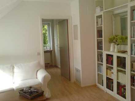 2-Zimmer DG-Wohnung für 1 Person, Innenstadtnähe