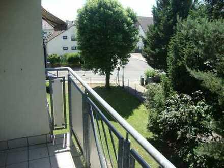 Neu renovierte 4 Zimmer-Wohnung, Gute Lage Obertshausen