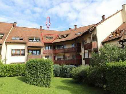 Vermietet: Geräumige 4-Zimmer DG-Wohnung
