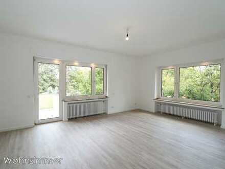 frisch sanierte, helle 3-Zimmer Wohnung mit großem Balkon, Krefeld (Stadtwald)