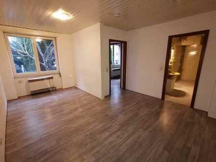 Kleine 1-Zimmer Wohnung im Hinterhaus, ideal für für handwerklich Begabte oder Pendler und Monteure
