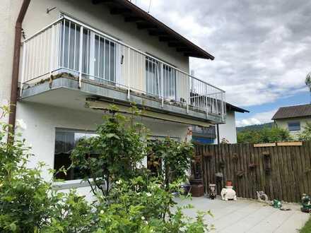 Gepflegte Doppelhaushälfte zentral und ruhig gelegen mit großer Terrasse und Garten