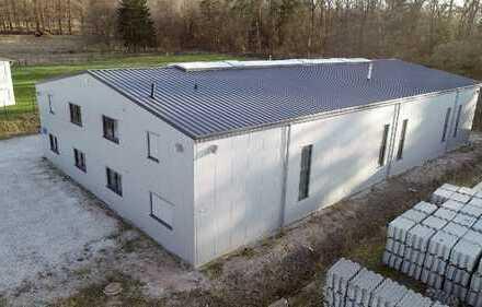 Moderne Produktions-/ Lagerhalle (ca. 824 m²) mit Kran inkl. Büro (ca. 84 m²) in 55494 Rheinböllen