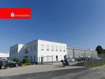Neuwertiges und attraktives Bürogebäude mit Halle in Hadamar, in der Nähe von Limburg
