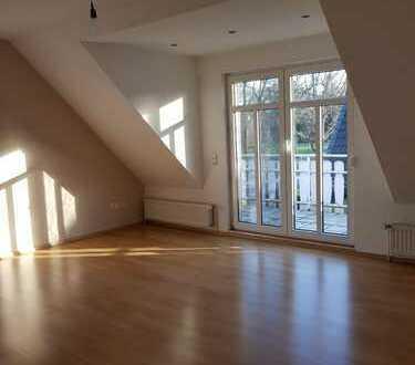 Attraktive 3-Zimmer-Wohnung mit Balkon und Einbauküche in Delmenhorst