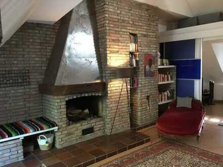 Exklusive, geräumige und gepflegte 3-Zimmer-Maisonette-Wohnung mit Kamin in Bochum Wiemelhausen