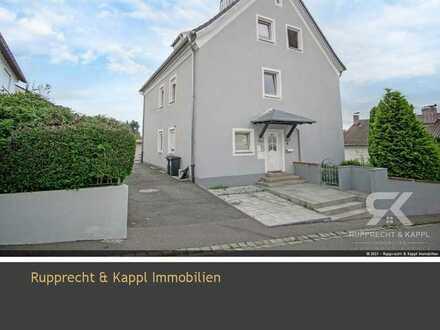 Renoviertes Dreifamilienhaus mit großem Grund zur Kapitalanlage oder Selbstbezug in Weiden/Rehbühl