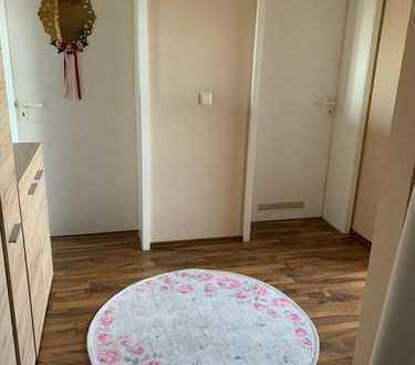 Sehr schöne Wohnung mit zwei Zimmern in Ludwigshafen