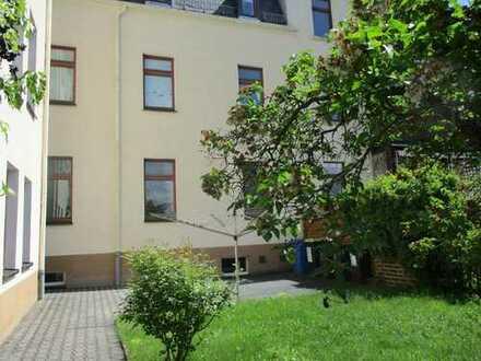 Schöne kleine 2-Raum-Wohnung mit EBK in Meerane