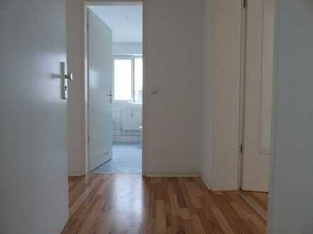 Bild_Helle 2-Raumwohnung mit Balkon und Wohnberechtigungsschein
