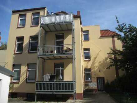 +++ Drei-Zimmer-Wohnung mit Balkon im schönen Döhren +++