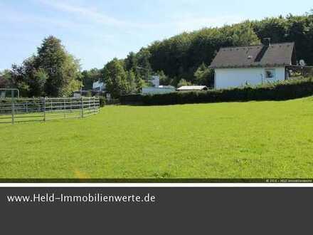 Sofort bebaubares, ca. 1.020 qm großes Grundstück in ruhiger Wohnlage.
