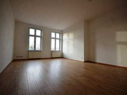 geräumige 3-Raum-Wohnung in der Innenstadt*2.OG*Wanne