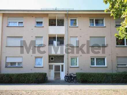Vollständig renoviert und langfristig vermietet: Geräumige 2-Zi.-ETW mit Balkon und Loggia