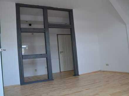 bezaubernde individuelle zwei Zimmer Wohnung in Salzlandkreis, Aschersleben