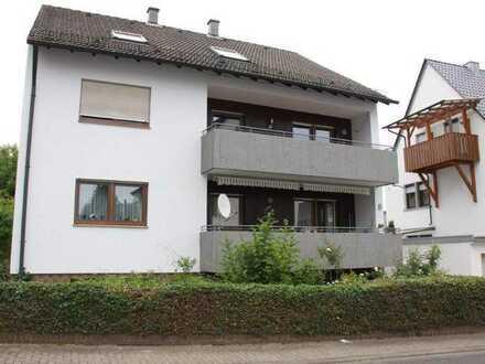 Renovierte 3-Zimmer Wohnung mit großem Balkon zu verkaufen