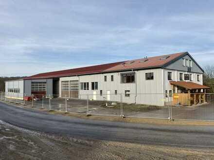Büro-, Hallen-, Lagerflächen + LKW-Werkstatt unmittelbar an der BAB A73 - indiv. Gestaltung möglich