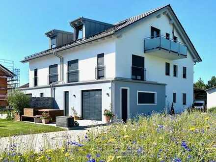 Neubau! Exkl. Haus in Haus mit EBK, 2 Bäder, Kamin uvm. östl. von München - in Forstinning