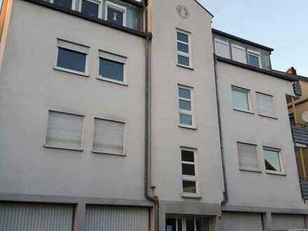 Gepflegte 2-Zimmer-Wohnung mit Balkon und Einbauküche in Göppingen
